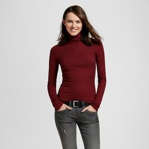 Sweaters - Chic Fitted Ribbed Turtleneck